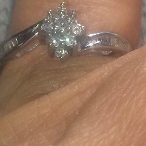 Kays 10k gold ring